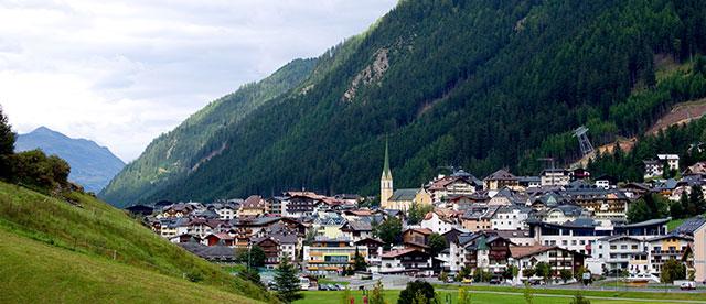 Transfer Innsbruck-Ischgl Symbolbild